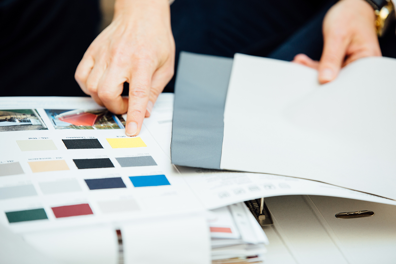 Am Anfang jedes neuen Projekts steht die Auswahl von Material und Farbe